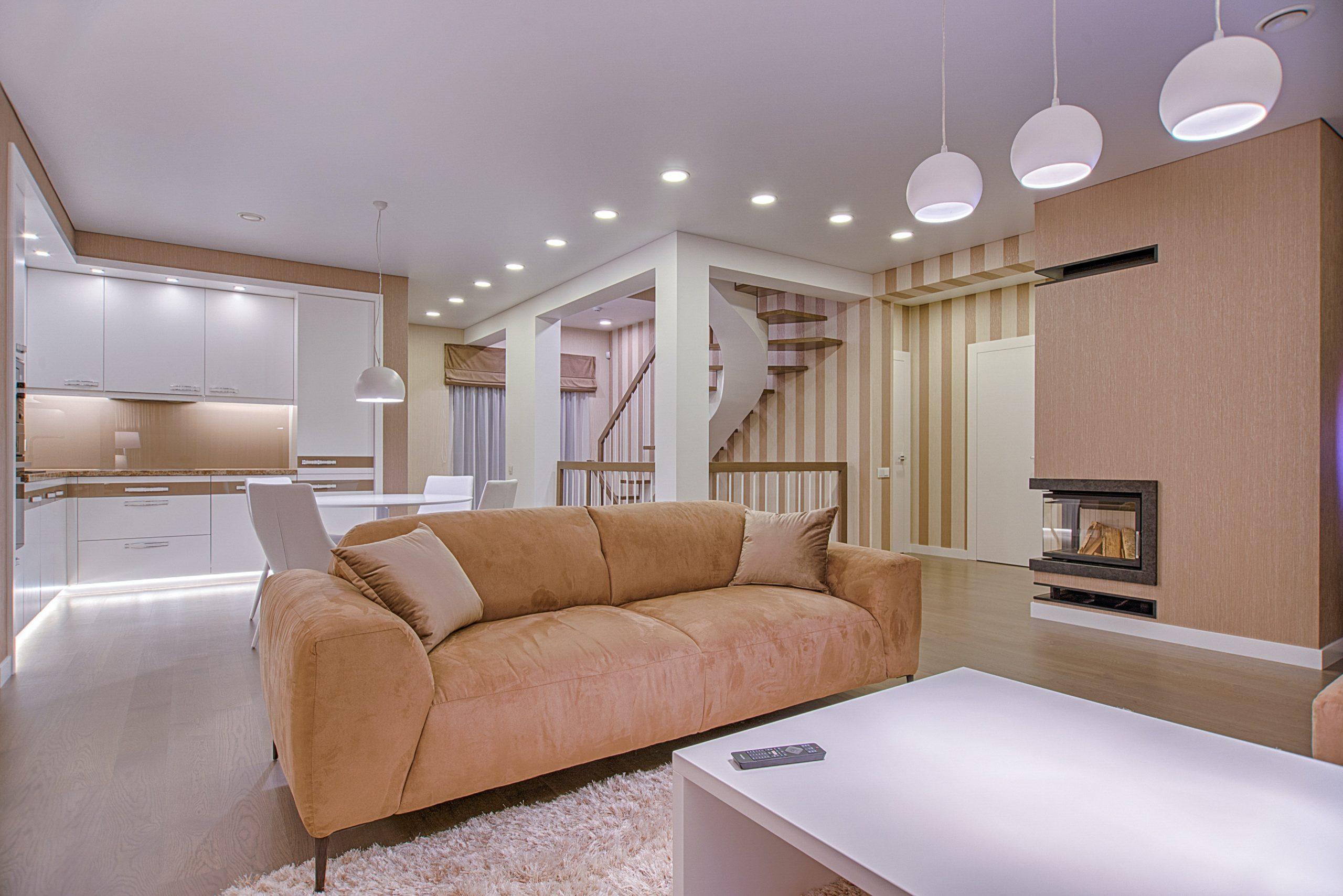 Plánujete kuchyň? Poradíme vám, jak ji prakticky propojit s obývacím pokojem